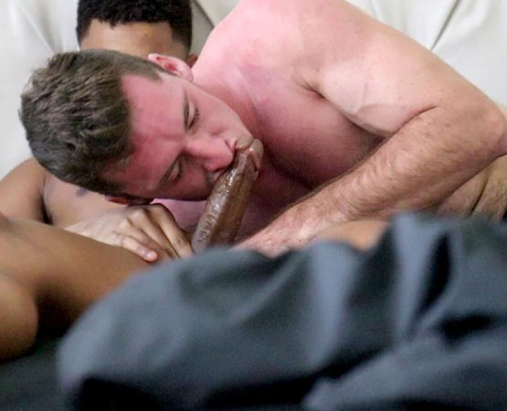 Gay Hoopla: Chad Blue Fucked For The First Time On Camera By Ian Borne